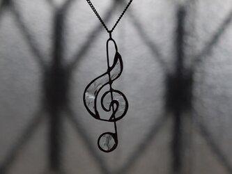 ト音記号 (クリア) ネックレスの画像