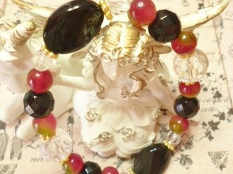 オニキス&バッキーボール&クォーツアイト&水晶ブレスレットの画像