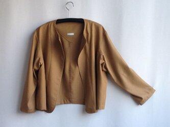 出番の多いショートジャケット  ビエラ ・ミルクティー色の画像