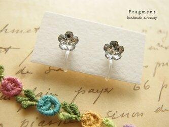 再販3* Vintage Swarovski crystal Flower 樹脂ノンホールピアスの画像