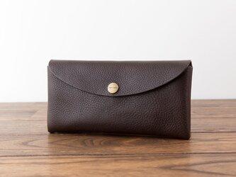 イタリア製牛革のコンパクトな長財布 / チョコの画像