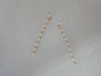 淡水パールのラインイヤリングの画像