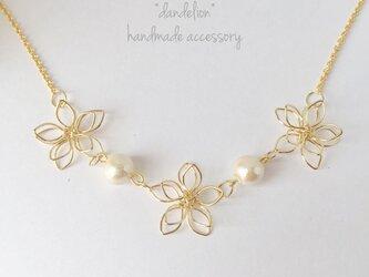 【再…】高品質~小花~ wire flower コットンパールネックレス*の画像