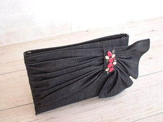2Wayビーズ飾りのクラッチバッグ・ブラック×フィッシャーの画像
