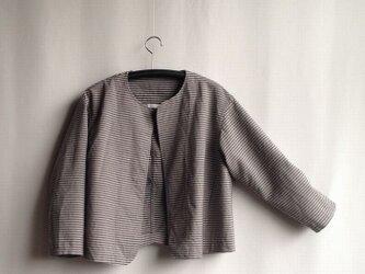 出番の多いショートジャケット ・ グレーの縞しまウールの画像