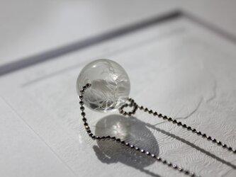 蜻蛉玉のチェーンネックレス〈無垢〉の画像