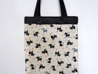 猫の手提バッグ(白 NO1)の画像