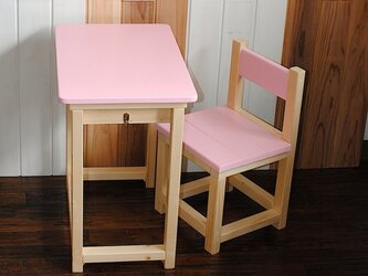 □かわいいベビーピンクとナチュラルの昭和レトロな小さな勉強机と椅子セット★の画像
