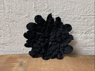 革花のブローチピン 2Lサイズ  ブラックの画像