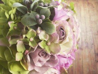 造花のブーケの画像