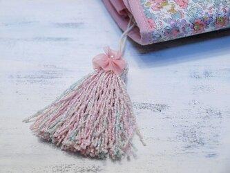 ❁お花タッセル❁ 【パール付きシフォンフラワー】ベビーブークレー糸 バッグチャーム・キーホルダーなどに ピンクの画像