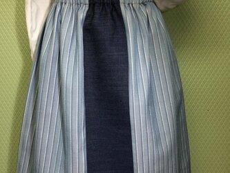 コットンデニムのおしゃれスカートの画像