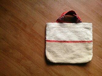 着物リメイク 赤いラインの裂き織りバッグの画像