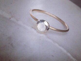 silver stone pinkiering ラウンドカットの画像