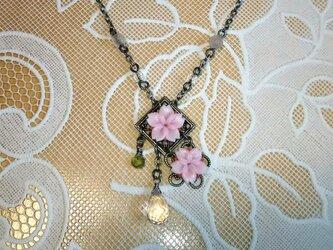 桜のネックレスⅠの画像