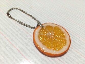 オレンジ チャームの画像