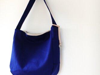 帆布✽ショルダーバッグ(青)の画像