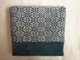 手織りの藍模様大きなポーチの画像