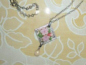 桜のネックレスⅡの画像