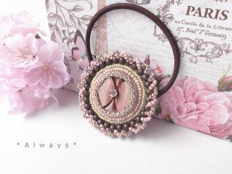 大輪の桜ヘアゴムの画像