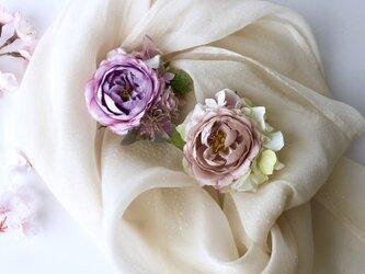 薔薇のペア コサージュ&ヘアーアクセサリーの画像