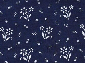 チェコの藍染生地 お花の画像