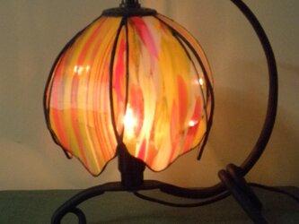 吊り型ランプ(燃えるような情熱)の画像