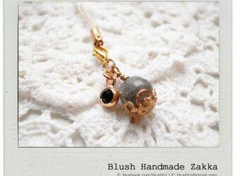 Blush Handmade Zakka: 天然石曹灰長石金メッキ携帯ストラップの画像