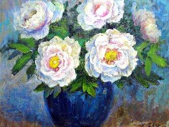 碧い花瓶と牡丹の画像