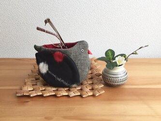 【S様専用】小鳥の小物入れ《 おじ小鳥 + 銘仙と紬 》の画像