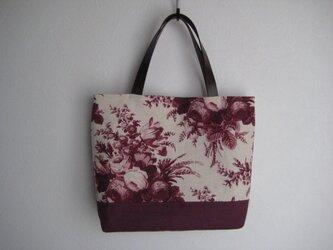 在庫処分 ワインレッドの花柄バッグの画像