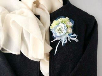 結婚式や入学式に バラのコサージュ&ヘアアクセサリーの画像