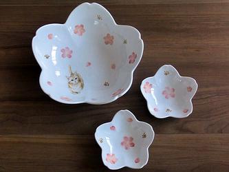 桜咲く猫柄の鉢セットの画像