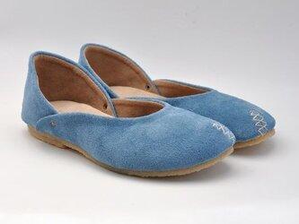 『plie shoes』light-blue suede leatherの画像
