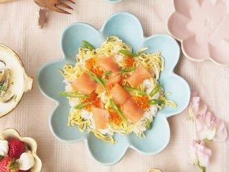 マカロンブルー・花の皿-L-の画像