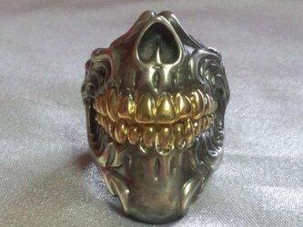 顎スカルリング燻し艶消し歯部分18Kメッキの画像
