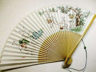 扇子(もう一つの鳥獣戯画・森の恵)の画像