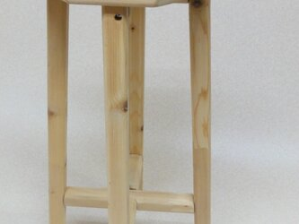 木製スツールの画像