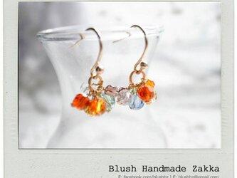 Blush Handmade Zakka:虹のクリスタルビーズ金メッキピアスの画像