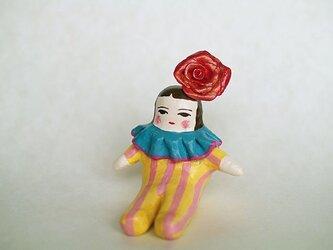 出番待ちの人形の画像