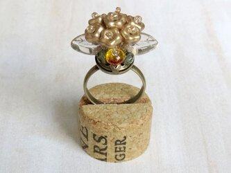 フラワーブーケの指輪(マットゴールド)の画像