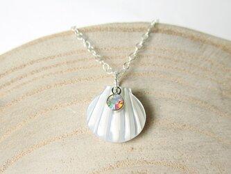 ホワイトシェルの貝がらネックレス☆シルバー925の画像
