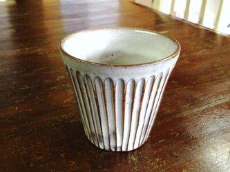 粉青沙器 線模様フリーカップ 白の画像
