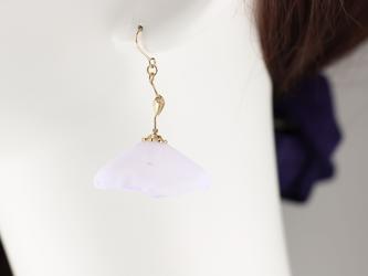 poppy ピアス(イヤリング変更可)light purpleの画像