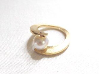 南洋真珠の合わせ腕リング(ゴールド色)の画像