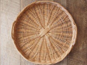 手編みの丸かごトレイ【ソトコト掲載商品】の画像