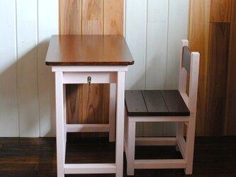 ○優しい桜色・・いちごミルク&チークカラーのレトロな小さい勉強机と椅子○の画像