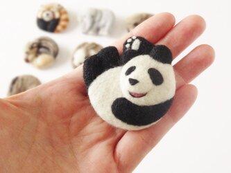 まるまる羊毛ブローチ パンダ【受注制作】の画像