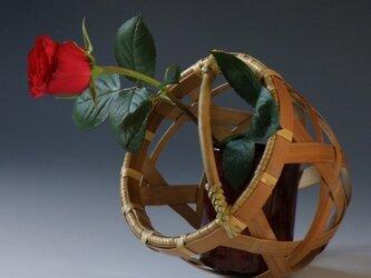 燻煙竹 手付き花籠 籃の画像