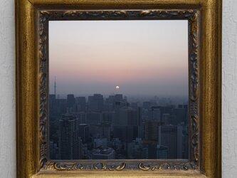 東京の夜明けの画像